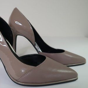 """Kenneth Cole Reaction """"Bee Day"""" Taupe Tan Pumps"""